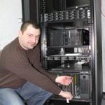 Specjaliści z portalu 112it.pl zadbają o sprzęt nawet po upływie gwarancji Fot. 112it.pl
