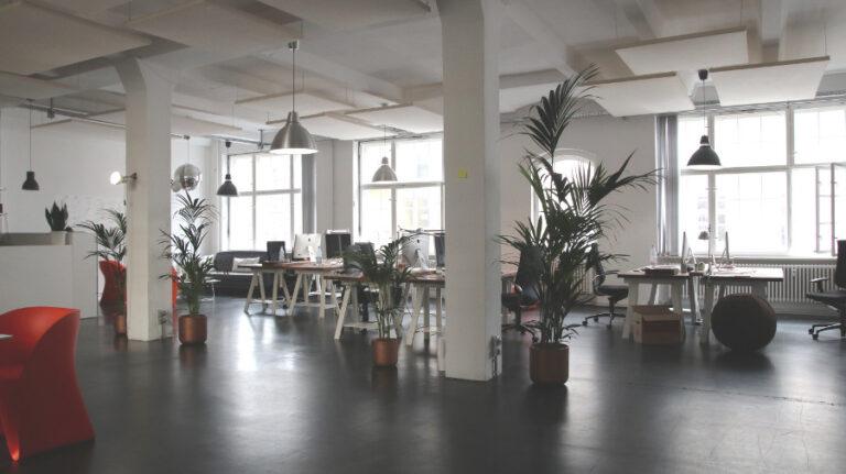 Jak ułatwić pracę w biurze?