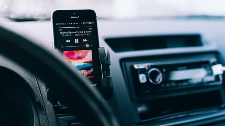 Najważniejsze akcesoria GSM w Twoim samochodzie!