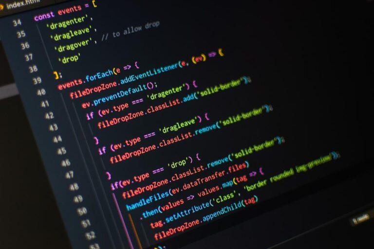 Jakie aspekty należy brać pod uwagę testując oprogramowanie?