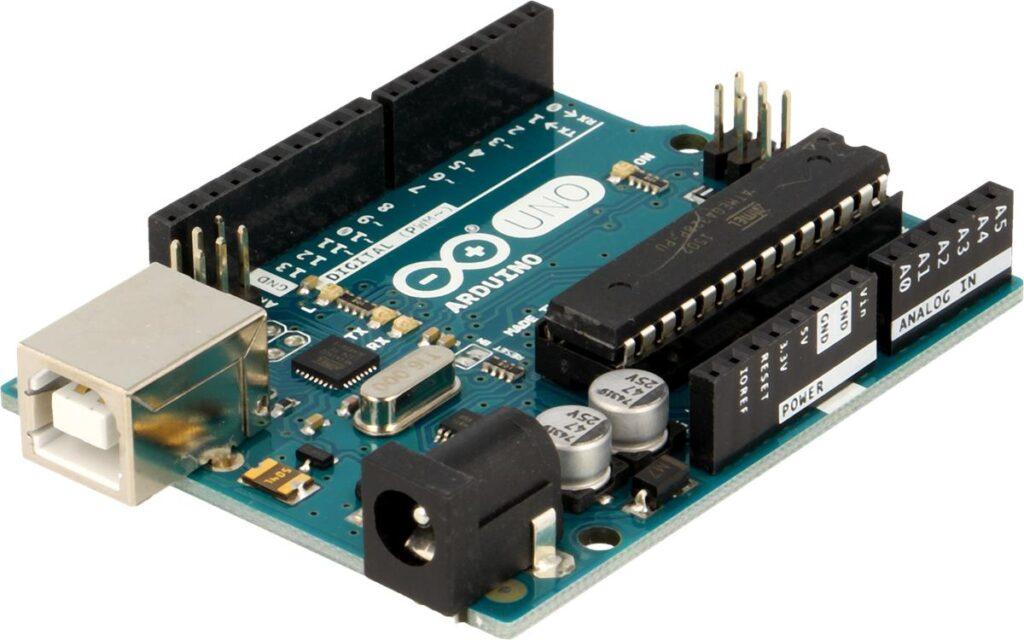 Fot. 4. Arduino Uno R3 polecane dla początkujących.
