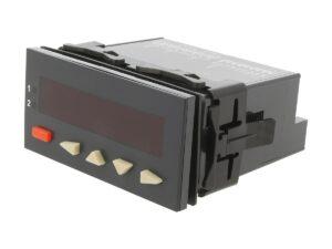 Panelowy licznik z funkcją tachometru.