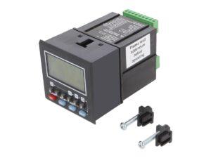Elektroniczny licznik impulsów Trumeter montowany na panelu.